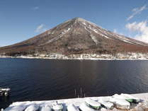当宿からの冬の男体山は、素晴らしい。の画像