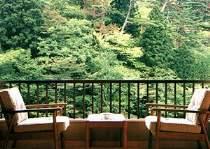 <お部屋お写真一例>お部屋からの眺めをこゆっくりお楽しみください。