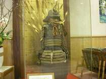 ロビーに展示されている鎧