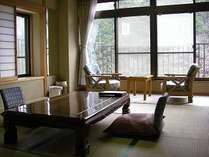 渓流側客室の一例