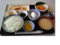和定食(朝食)写真はイメージです。