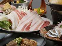 黒豚しゃぶやとんこつ煮、キビナゴetc・・鹿児島の自慢の特産品を召し上がれ♪
