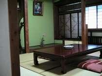 和風で落ち着く客室