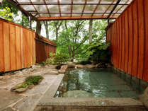 ◆【露天風呂】四季を肌で感じる露天風呂は時間を忘れて入浴してしまいます
