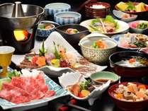料理長が腕によりをかけてご用意する和食会席膳。吟味された旬食材、地元食材で作り上げる本物の和食に舌鼓