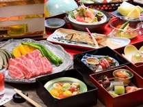 【川どこ限定会席膳-月あかり-】メインは福島牛の炭火焼き。他にお造り蓋物など吟味した旬食材を堪能できる