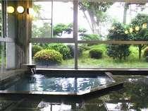 [写真]天然温泉の大浴室1・山桃の湯