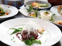 ご夕食は、目で舌で旬を愉しむシェフ手作りの「お箸で食べるイタリアン」。