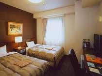 ■スタンダードツイン■ベッド幅120cm■Wi-Fi完備■加湿機能付空気清浄機設置■ケーブルTV視聴可