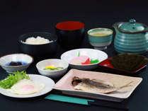 朝食全体 日替わりメニューです。ご飯はお替わり自由です。朝食時間:6:30-8:30*