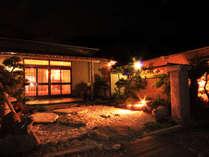 御前崎の岬に位置する八光。料理が自慢の宿です。*