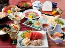 [写真]塩釜港水揚げの新鮮魚介類!