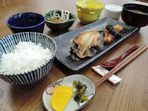 *朝食一例*これぞ日本の朝ごはん!純和風の一汁三菜「和朝食」をお召し上がりください