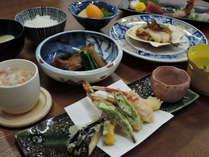 【夕食のみ】朝はゆっくり☆夕食は三陸のうまいもん会席風御膳!