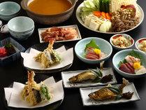 @名物の味噌鍋に、天ぷら、お刺身などを加えて会席風に致しました。
