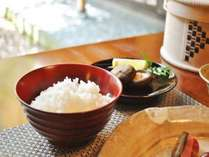 朝食 自家製米