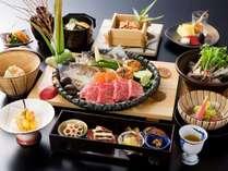 【夕食:飛騨牛いろり会席】夕食小鍋は3種類よりお選び頂けます。(写真はすっぽん鍋)