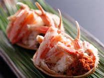 新鮮だからこその蟹の身離れです。たっぷりとした身をお楽しみください。