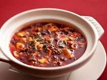 【京豆腐を使った陳麻婆豆腐】・・・四川唐辛子の赤と花椒の香りが食欲をそそる一品!