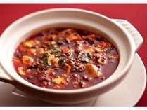 一度食べたらやみつき!、花椒(ホワジャオ)の香りが食欲をそそる、四川特製『京豆腐を使った陳麻婆豆腐』