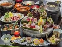 米屋「美食会席」伊勢海老のお造り付き。約11品のお料理を堪能