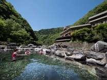 露天風呂番付 西の横綱「砂湯」は八景の目の前にございます。