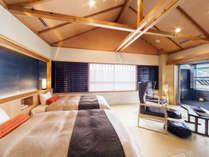 【酔帆楼-露天風呂付客室】-和室303-10帖からなる広々とした和室ルーム。