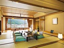 【二間客室-港側】風光明媚な鞆の浦の風景に包まれて。広々快適なお寛ぎをお楽しみ下さい。