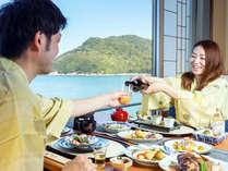 【お部屋食イメージ】いつもと違うお食事時間をさらに気兼なくお過ごしいただけます。