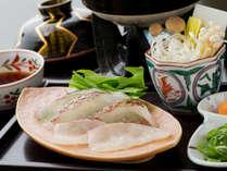 """【鯛しゃぶしゃぶ】鞆の浦といえばやはり""""鯛料理""""上品さが引き立つ調理法で。"""