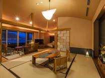 【酔帆楼-露天風呂付客室】-和洋室301-和情緒あふれる設えと洋室ならではのベットルームの融合。