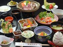 「花巻蔵御膳」は、夕食評価4.1点以上の高評価。同料金で牛豚しゃぶ食べ放題に変更可。*当日予約は不可。