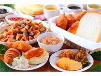 ☆無料朝食☆6:30~9:30まで1階ラウンジにてご利用下さいませ)^o^(