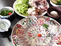 日本海仙崎のとらふくをふんだんに使ったふくフルコース(例)。是非地元のウマイ!を満喫ください♪
