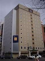地下鉄さっぽろ駅13番出口より徒歩約1分、JR札幌駅南口より徒歩約5分!