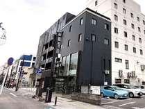 大分銀行本店と伊予銀行の間を入り中央郵便局の裏通りすぐです!