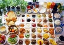量より味のご評価の高い、大人気の福井のお幸ざい朝食バイキング。それぞれ一品ずつ集めてみました。