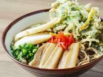 近隣施設:オキナワ ハナサキマルシェ 食事イメージ