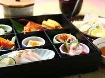 夕食『旬の松花堂御膳』+和朝食