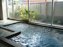 十和田石の大浴場(夜の男性用)十和田石には様々な効果が!(フォトギャラリーなどでご確認下さい)