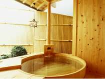 木曽檜の貸切露天風呂(通常40分2160円)