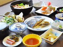 【ご夕食一例】お鍋は2人前です。