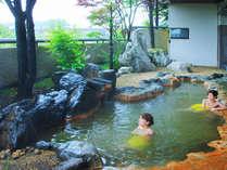 蔵王連峰が見渡せる展望露天風呂