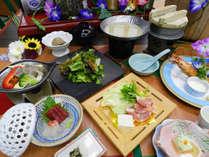 【夏 美彩会席】『銘柄鶏の博多風水炊き』と『鱸のバター陶板焼ラタトゥイユ添え』