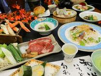 【秋の旬彩会席】「松茸と牛のすき焼き」と「ズワイガニのセイロ蒸し」