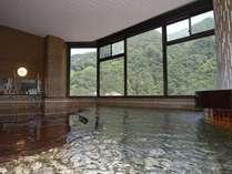 ★100%源泉かけ流しのお風呂。トロッコ電車も一望できる展望風呂 ★24時間ご入浴可