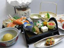 *グレードアップ郷会席一例/こちらは「ずわい蟹すき会席」。メイン料理をお選び頂けます♪
