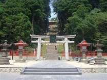 格式高き奥州一之宮・鹽竈神社。広く武運長久の神として祀られています。