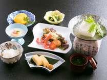 お子様用の朝食にも、嬉野名物『温泉湯豆腐』がついてます♪(イメージ)