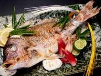 ご祝宴プラン★尾頭付きの鯛1匹と升酒など7大特典付